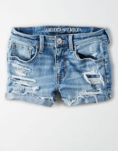 Shop Women's Short Shorts at American Eagle to find your next favorite fit. Browse short shorts in denim and khaki, and in different rises to find your fit! Jeans Levis 511, Jeans Levi's, Slim Jeans, Casual Jeans, Biker Jeans, Skinny Jeans, Skinny Fit, Grunge Style, Soft Grunge