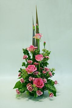 Image result for front facing symmetrical flower arrangement