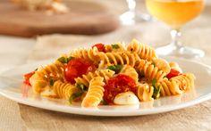 Barilla Whole Grain Rotini with Cherry Tomatoes, Mozarella and Basil