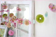 Spring set pinwheel garland