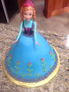 """""""Frozen""""- Princess Anna cake"""