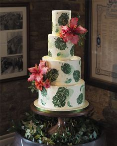 Trendy And Gorgeous Wedding Cake For Your Wedding Fantasy 2020; Wedding Cakes; Floral Wedding Cakes; Floral Cakes; Romantic Cakes; Fondant Wedding Cake; Cheese Wedding Cake; Nude Wedding Cake; Buttercream Wedding Cake;#weddingcake #floralweddingcake #cake #weddingart #fondantcake #cheesecake #nudecake #buttercreamcake Wedding Cake Roses, Amazing Wedding Cakes, Wedding Art, Floral Wedding, Wedding Dress, Cake Shapes, Buttercream Wedding Cake, Types Of Cakes, Cake Trends
