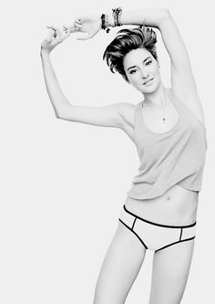 Shailene Woodley Declares 'Why Are All These Parents Or All These People Freaking Out About Miley Being Herself?' - http://oceanup.com/2014/06/26/shailene-woodley-why-are-all-these-parents-or-all-these-people-freaking-out-about-miley-being-herself/