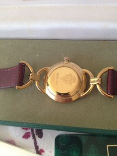 6a25860de81 Fabulous womans gold plated gucci model 6000-2l