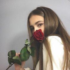 Rose sweater flower white