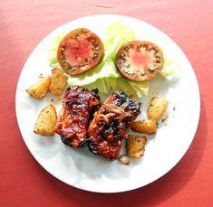 Recept voor Gemarineerde varkensribbetjes met aardappeltjes in de oven. Meer…