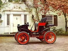 Old cars: 1901 Columbia. Old Vintage Cars, Old Cars, Vintage Auto, Vintage Items, Veteran Car, Car Images, Unique Cars, Car Wallpapers, Coventry