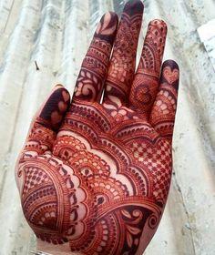 Unique Mehandi Design that Increases Your Hand Beauty - BaBa Ki NagRi Palm Mehndi Design, Henna Art Designs, Mehndi Design Pictures, Modern Mehndi Designs, Mehndi Designs For Girls, Mehndi Designs For Beginners, Wedding Mehndi Designs, Mehndi Designs For Fingers, Dulhan Mehndi Designs