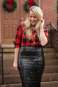 Christmas Party Outfits Casual - Everything About Fashion Checked Skirt Outfit, Sequin Skirt Outfit, Black Sequin Skirt, Winter Skirt Outfit, Black Sequins, Dress Skirt, Holiday Outfits Women, Christmas Party Outfits, Holiday Party Outfit