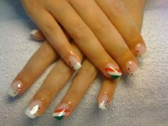 Italian nails! Perfect for working in a pizzeria :)
