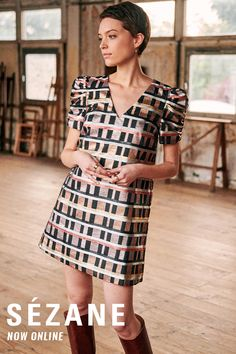 Short, lined dress with gathered sleeves and checkered print Prom Dresses With Sleeves, Simple Dresses, Casual Dresses, Short Sleeve Dresses, Undercut Hairstyles Women, Haircuts, Casual Winter Outfits, Summer Outfits, Basic Outfits