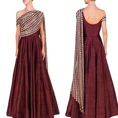 Evening gown: burgundy princess cut with silver metallic mix over shoulder wrap styling Indian Gowns, Indian Attire, Indian Wear, Indian Outfits, Indian Designer Outfits, Designer Dresses, Indian Couture, Mode Hijab, India Fashion