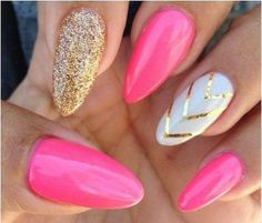 7 Trendy Summer Manicures for Quinceaneras