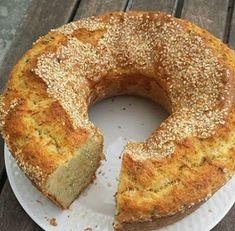 ΜΑΓΕΙΡΙΚΗ ΚΑΙ ΣΥΝΤΑΓΕΣ 2: Κυπριακή τυρόπιτα !! Greek Desserts, Greek Recipes, Cypriot Food, Greek Pastries, Heritage Recipe, Party Snacks, Bagel, Cupcake Cakes, Cake Recipes