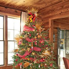 Christmas Decorating Ideas: A Coastal Inspired Christmas Tree