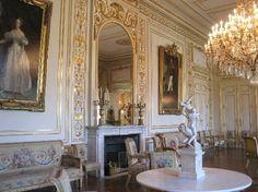 Inside Royal Sweden Palaces | royal-palace-palais-royal.jpg