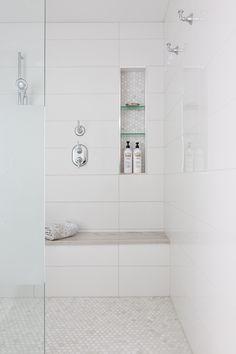 Begehbare Dusche Master Bath // Merola Construction Inc. Large Tile Bathroom, Modern Master Bathroom, Bathroom Layout, Modern Bathroom Design, Bathroom Interior Design, Large Tile Shower, Bathroom Canvas, Basement Bathroom, White Tile Bathrooms