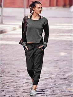 Athleta workout clothes for women City Jogger, Jogger Pants, Joggers, Sweatpants, Sport Fashion, Fitness Fashion, Womens Fashion, Fitness Wear, Fashion Moda