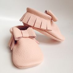 Image of Soft Pink Classic Bow Moccasin