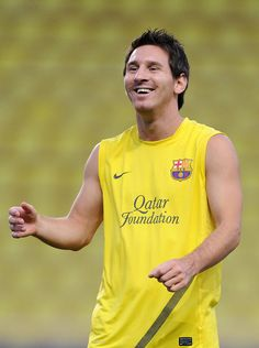 Messi equals Raul's Champions League goal record