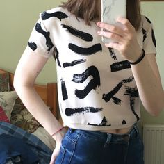648deb0094ffc1 6 quid depop Brush stroke pattern crop top size small (size 8) fits really