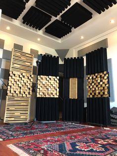 Ideas home studio music sound proofing acoustic panels Recording Studio Setup, Home Studio Setup, Garage Studio, Audio Studio, Music Studio Room, Ideas Paneles, Studio Soundproofing, Home Music Rooms, Lava