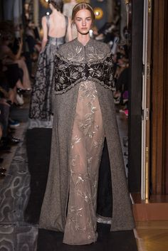 For Lady Sansa of House Stark      Valentino Haute Couture, Fall 2013