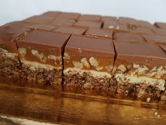 No Bake Desserts, Delicious Desserts, Dessert Recipes, Snickers Cake, Romanian Desserts, Something Sweet, Coffee Recipes, Sweet Treats, Food And Drink