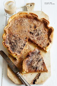 Receta fácil de la tarta de chcolate. Receta con fotografías del paso a paso y recomendaciones de degustación. Recetas de postres fáciles de...