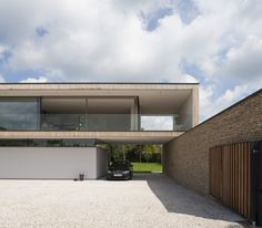 Image 3 of 20 from gallery of Hurst House / John Pardey Architects + Ström Architects. Photograph by Andy Matthews