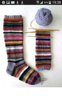 Wool Socks, Knitting Socks, Baby Knitting, Crochet Potholders, Knit Crochet, Knitting Patterns, Crochet Patterns, Fluffy Socks, Colorful Socks