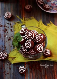 Catatan Dapur Vero: CHOCOLATE BLISS Bliss, Food And Drink, Cookies, Chocolate, Desserts, Biscuits, Schokolade, Deserts, Dessert