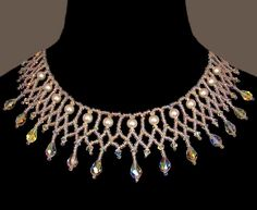 Free pattern for necklace Crystal Ice