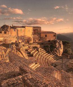 Teatro Pietra Rosa al tramonto #Pollina #Palermo #Sicily