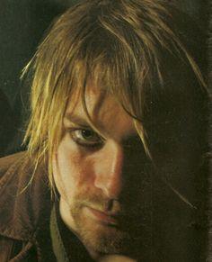 Kurt Cobain with eyeliner.(: