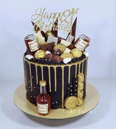 Orange cake without flour - HQ Recipes Alcohol Birthday Cake, Birthday Drip Cake, Alcohol Cake, Birthday Cake For Him, 21st Birthday Cakes, Hennesy Cake, Wasc Cake Recipe, Liquor Cake, Bottle Cake