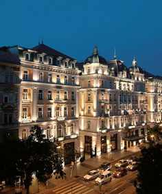 Corinthia Hotel, Budapest - my favorite hotel in all of Europe. Just visited in Oct.