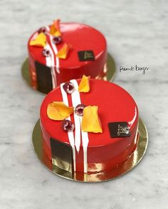 """986 mentions J'aime, 3 commentaires - Pastry Chefs In Australia (@pastry_chefs_in_australia) sur Instagram: """"Entremets by  @pierrickboyer ・・・ Tag someone you care, like, love.  Who want to Be my Valentine !…"""""""