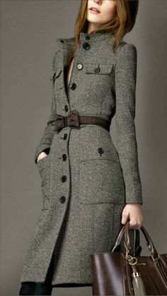 Cashmere Woolen Burberry Coat. Makes me wish it was cold enough over here...and that I had the money to buy it! LOL