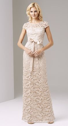 Adrianna Papell CHAMPAGNE Cap Sleeve Lace Gown             Size: 6             Size Range: 2-16