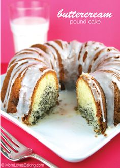 A luscious, buttercream pound cake with a hint of lemon, poppyseed filling and lemon glaze drizzle. Just Desserts, Delicious Desserts, Dessert Recipes, Yummy Food, Cupcakes, Cupcake Cakes, Lemon Buttermilk Pound Cake, Classic Pound Cake Recipe, Pound Cake Recipes