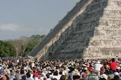 Crowds gather at El Castillo to witness the equinox light and shadow effect. (Image credit: Jim Spadaccini, Ideum)