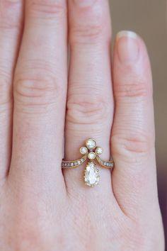 https://www.bkgjewelry.com/sapphire-ring/401-18k-yellow-gold-diamond-blue-sapphire-solitaire-ring.html Tiara Diamond Ring