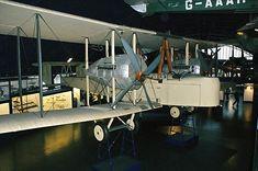 Vickers Vimy flown on the first non-stop transatlantic flight of steampunk aviators John Alcock and Arthur Brown Arthur Brown, Aviators, Airports, Newfoundland, Knights, Airplanes, 1920s, Steampunk, Empire