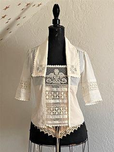 Edwardian Style, Edwardian Dress, Edwardian Fashion, Vintage Fashion, White Tea Dresses, Vintage Table Linens, Diy Keychain, Blouse And Skirt, Historical Clothing