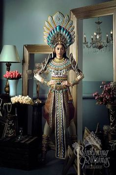 LOOK: The Bb Pilipinas 2017 candidates in stunning national costumes Carnival Outfits, Carnival Costumes, Miss Universe National Costume, Costume Ethnique, Filipiniana Dress, Filipino Fashion, Aztec Culture, Tribal Costume, Filipino Culture