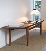 table basse design par Finn Juhl (scandinave)