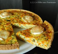 Goat Cheese Zucchini Carrot 1 2 3 4 girls in the kitchen Quiche Recipes, Pizza Recipes, Veggie Recipes, Vegetarian Recipes, Zucchini Muffins, Zucchini Tarte, Healthy Breakfast Recipes, Healthy Cooking, Healthy Recipes
