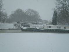 Calcutt top lock & hire boats in the snow www.calcuttboats.com