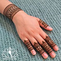 Beautiful and Easy Mehndi Designs For Eid You Must Try - Tikli Finger Henna Designs, Mehndi Designs For Girls, Mehndi Designs For Beginners, Dulhan Mehndi Designs, Mehndi Designs For Fingers, Mehndi Design Photos, Wedding Mehndi Designs, Mehndi Art Designs, Latest Mehndi Designs